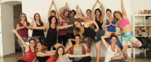 Yoga Ausbilsung Grupenfoto